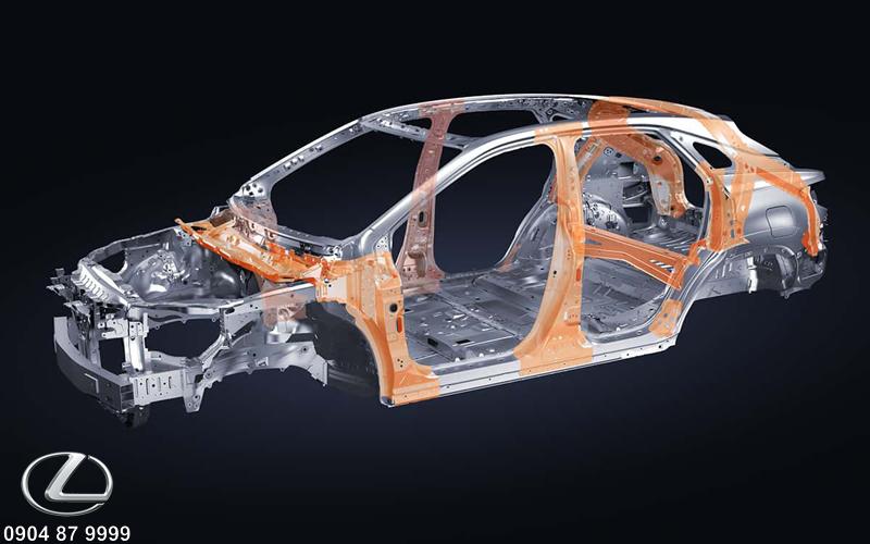 Cấu trúc thân xe bảo vệ tuyệt đối 360 độ cho người lái và hành khách trên xe