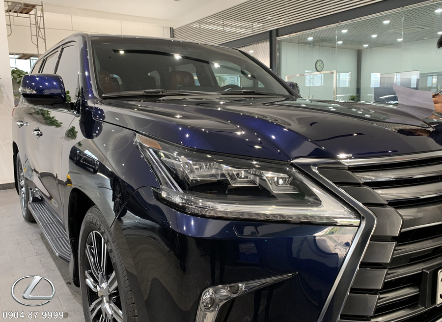 Đầu xe lexus 570 2020