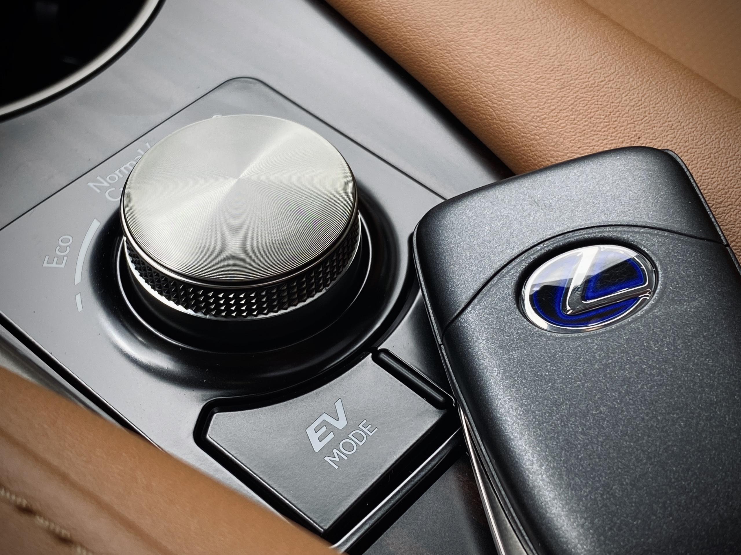 Núm vặn điều chỉnh 3 chế độ lái